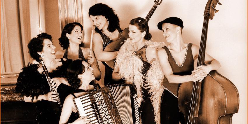 Interview mit der Swingband Les Belles du Swing