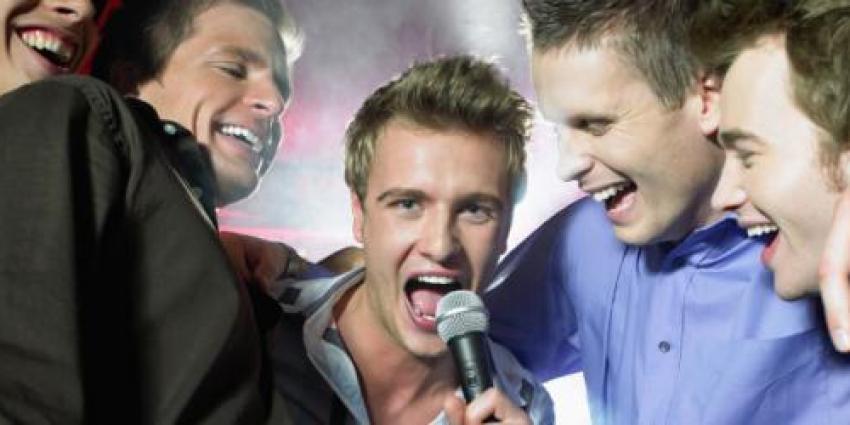 Karaoke Party mit Hitgarantie: So treffen Sie den richtigen Ton!