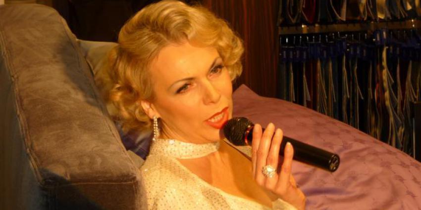 Interview mit der Sängerin Sabine Heil