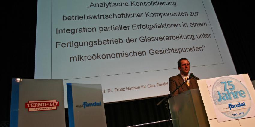 Interview mit dem Comedyredner Prof. Dr. Franz Hansen