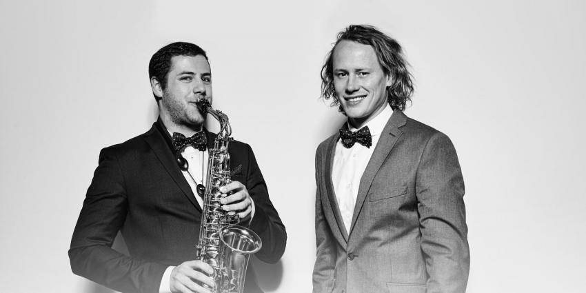 Saxobeatz Adrian Planitz mit Saxophon Jörn Gropp