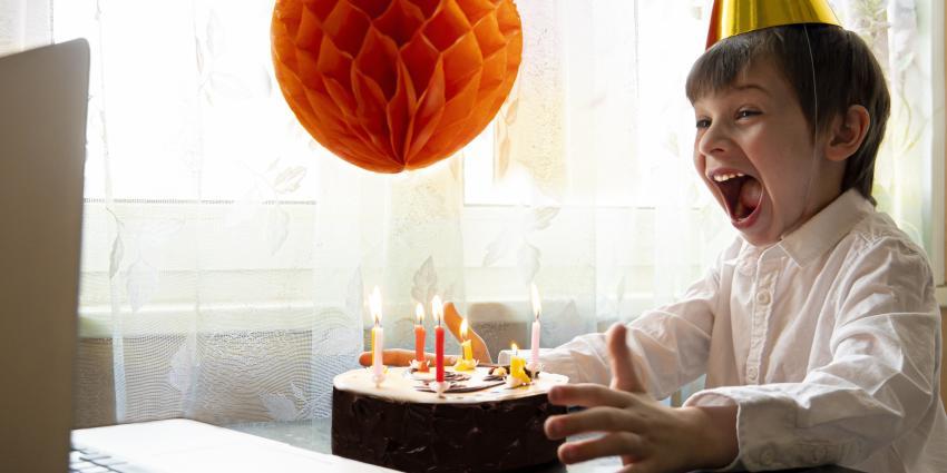 Kind Geburtstag Corona