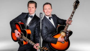 "Interview mit Hochzeits-Duo ""ACOUSTIC CHAMPAGNE"""