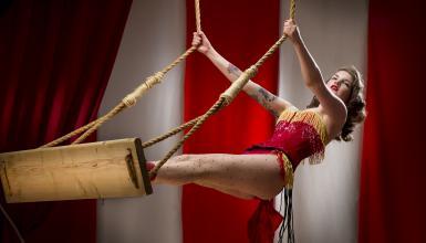 Welcome to the Moulin Rouge - Weihnachten im Revue-Stil