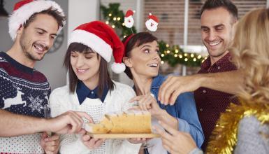 Wo ist das Rezept geblieben? Ideen für die Firmenweihnachtsfeier in der Weihnachtsbäckerei