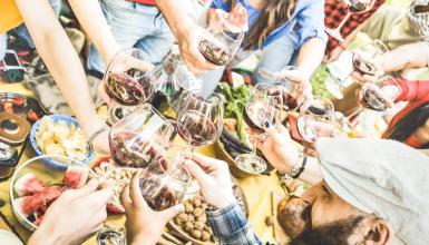 Sommerparty mal anders: ein Weinfest für alle Sinne!