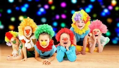 Kinderfasching online: Ideen für Prinzessinnen & kleine Superhelden
