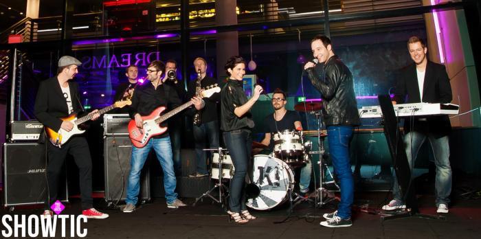 Showtic - Coverband mit breitem Repertoire