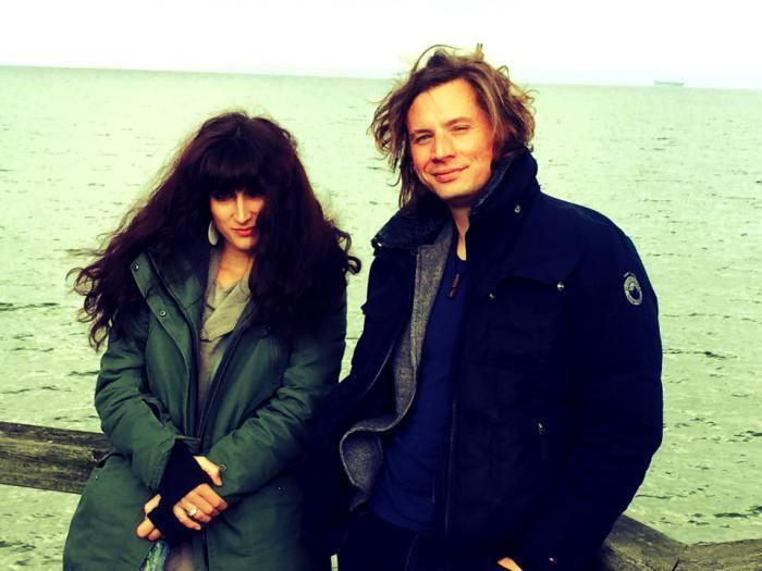 Monika und Tobias bilden gemeinsam das Acoustic Rock Duo mywood