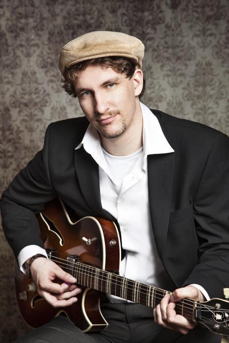 Der Gitarrist Julian Kehrer