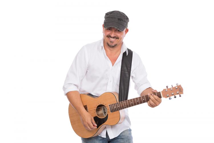 Gitman mit Gitarre