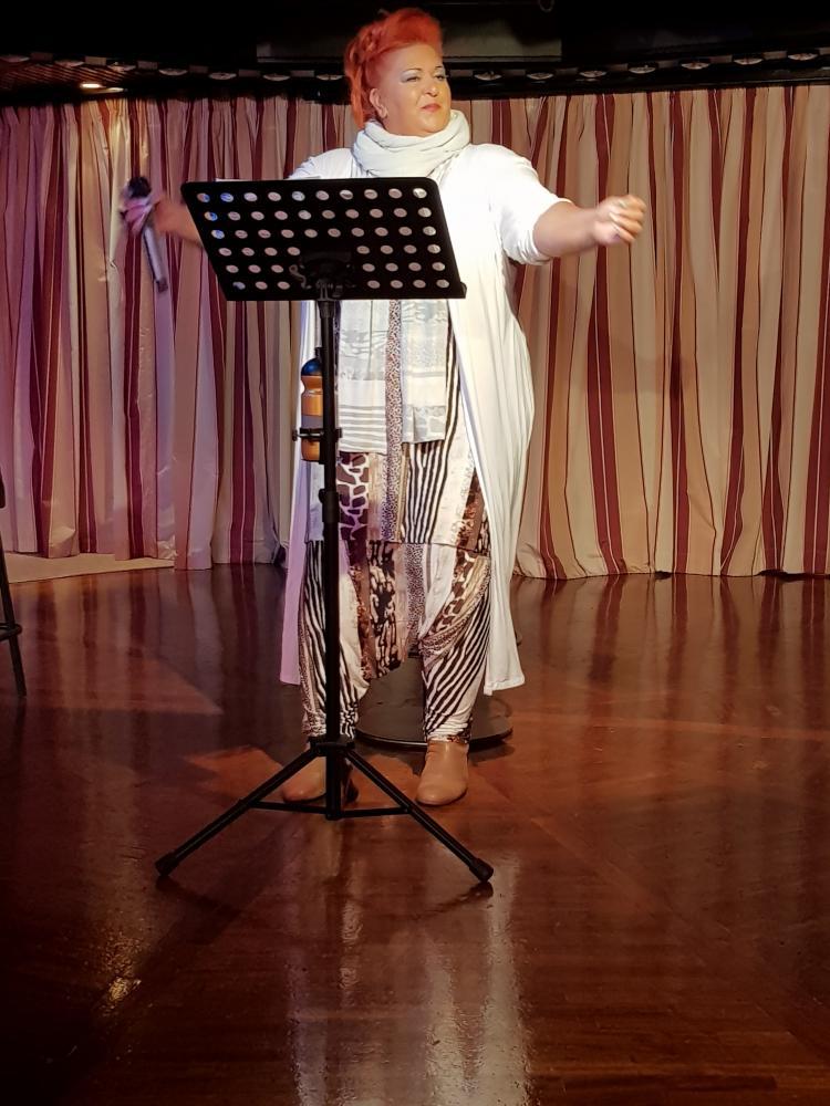 Yasmin Reese auf der Bühne