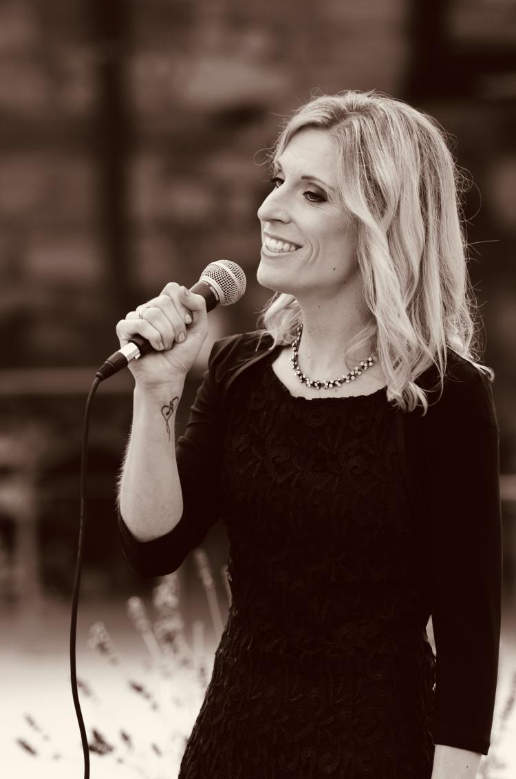 Rafaela mit Mikrofon