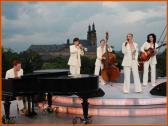 Die Swingband Les Belles du Swing live beim Auftritt.