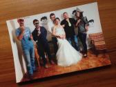 AKUSTICA feiern mit dem Brautpaar.