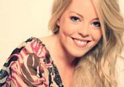 Andrea Stjernedal singt auf Hochzeiten, Firmenfeiern und anderen Events.