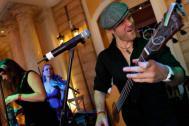 Joe Spaeth live mit Band