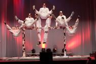 KONTERSCHWUNG - Swiss Comedy Akrobatik