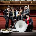 Brazzo Brazzone ist die einzige Italo-World-Groove Brass Band ihrer Art