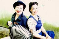 Ladies AHOI! Schifferklavier Musik Duo