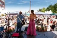 Melarima-Auftritt-Bühne-acoustic-duo