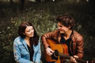 Sängerin Colleen Marie mit Gitarrist Jonathan Titelbild