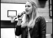 Alina | Die Sängerin