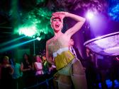 Burlesque Berlin - Champagnerglasshows & more by Miss Jane Johnson