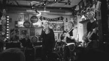 Nic Diamond & the mellow tunes
