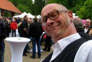 KRAWALLI, alias Comedykellner Wilfried