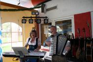 Viva La Musica & Friends