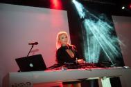 DJ Monica Babilon - DJANE mit LIVE GESANG
