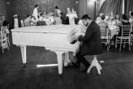 Enzo Aprile DJ & Pianist