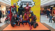 Avengers live Super Heroes Iron Man Artist Tony Stark