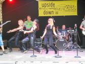 Partyband upside-down