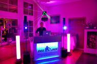 Mr. Dee Age