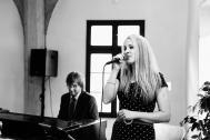 Rebecca & Daniel - Klavier und Gesang