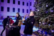 Kenduro&Schoof: DJ + Saxophon