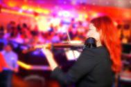 Hel in Person - Gesang / Violine