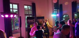 Francis - Sänger aus Leidenschaft