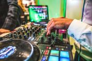 YURN | DJ für Privat- und Firmenevents