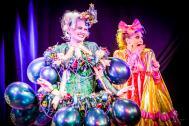 Rose Rainbow - Burlesque Tänzerin München