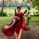 MARA the singing cellist