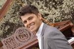 Sergey Badalov Event-Pianist mit transportablem Flügel