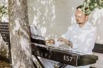 Jo Tailor - Pianist, Organist & Singing DJ
