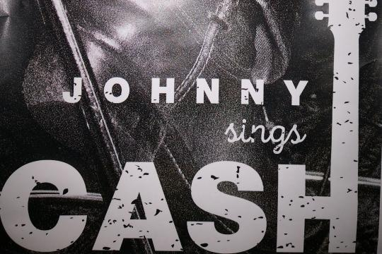 Johnny sings Cash