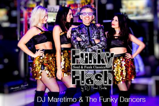 *Funky Flash* (DJ Maretimo & Dancers)