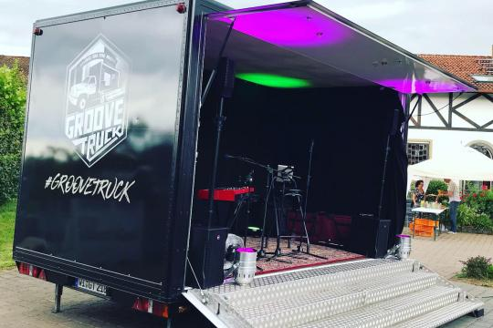 GrooveTruck Band