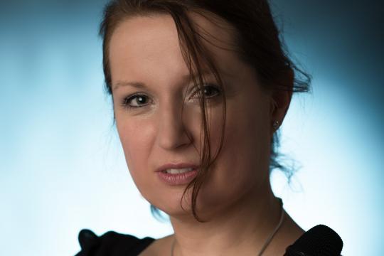 Nicole Hoesch