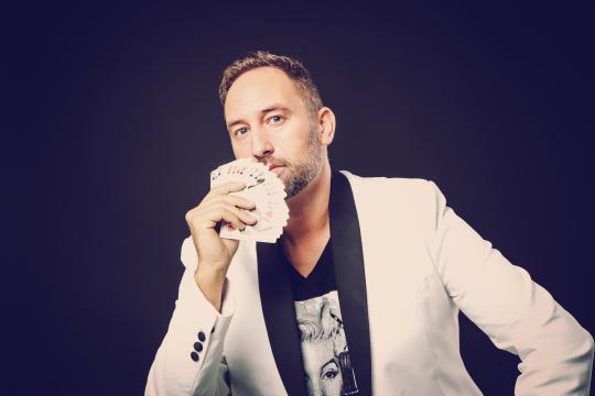 Stéphane - Master Magician & Illusionist